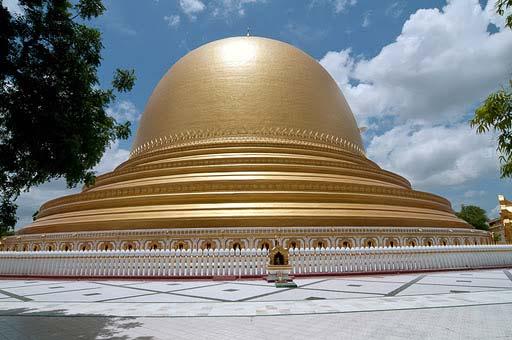 pagoda-kamudo-v-sagajne
