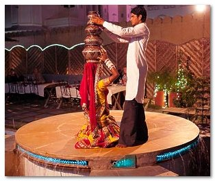 indijskie-tancy-v-dzhajpure