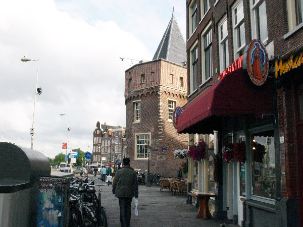 amsterdam-ulica-krasnyh-fonarej