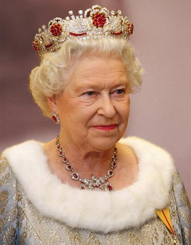 бирманская корона английской королевы