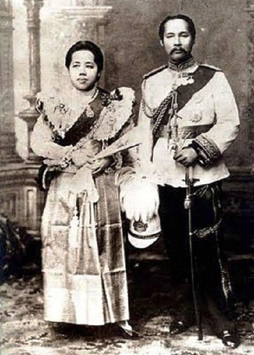родители принца король и королева