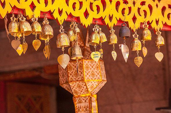 колокольчики в храме дой сутеп