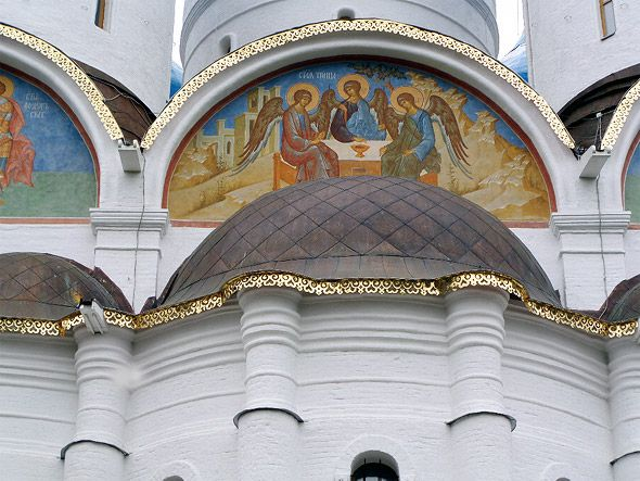 франмент собора успенского сергиевой лавры