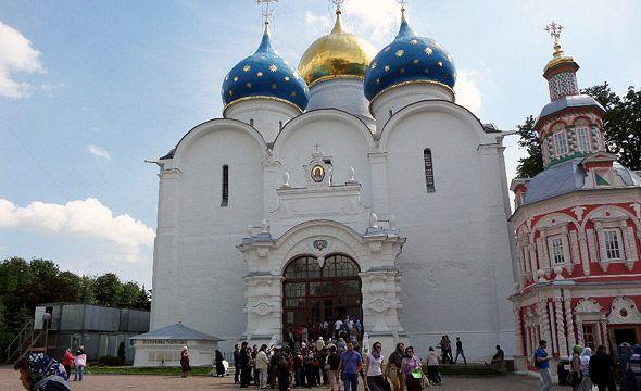 собор успенский сергиевой лавры