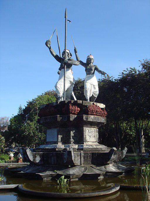памятник пупутан в денпасар бали