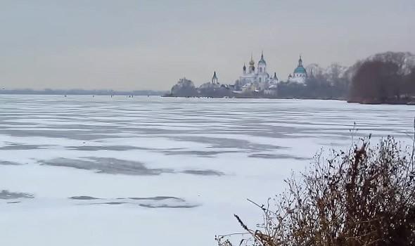 ледниковое озеро неро замерзло