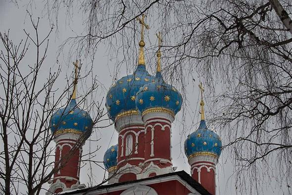 углич купола храма царевича дмитрия на крови