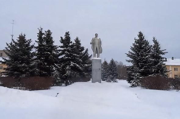 калязин памятник ленину