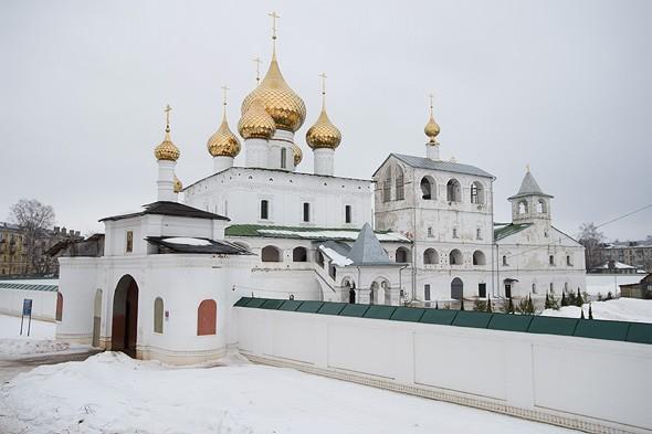 воскресенский мужской монастырь углич