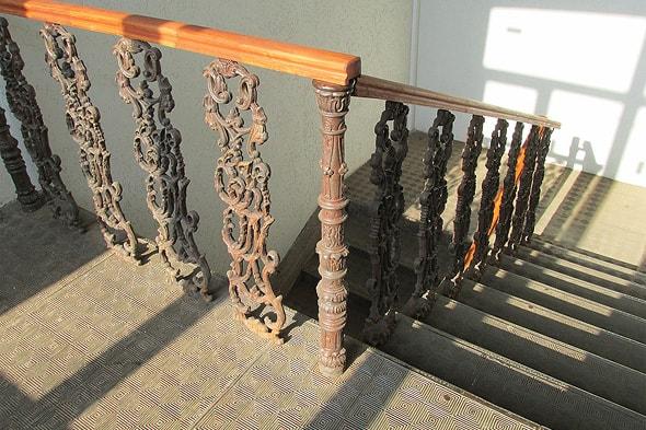 чугунные лестницы саратовского пассажа
