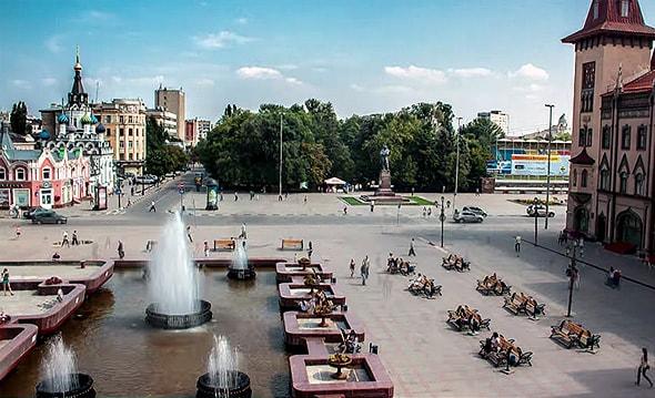 соборная площадь парк липки и памятник чернышевскому
