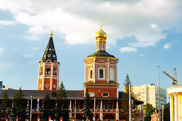 троицкий собор кружевные карнизы
