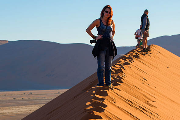 неодолимое препятствие наступающего песка