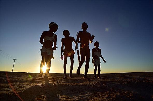 радость жизни дети народа бушменов