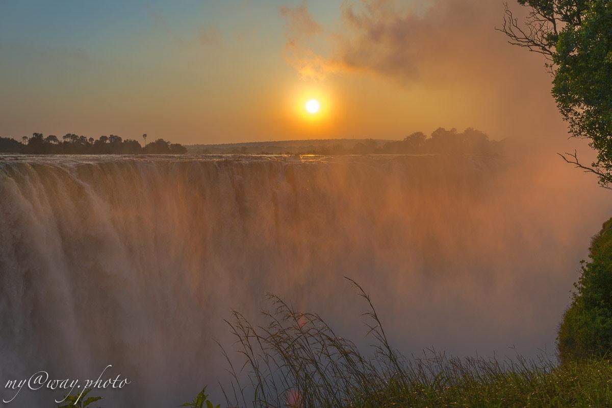 фото рассвета на водопаде виктория