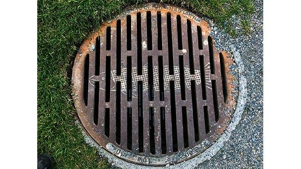 люк городской ливневой канализации ванкувера