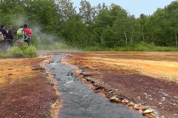 травертиновый ручей это дренажный канал отводит избыток воды