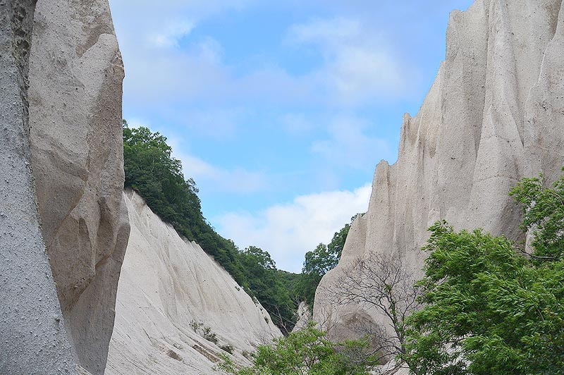 панорама кутхиных батов обязана проявлениям вулканизма