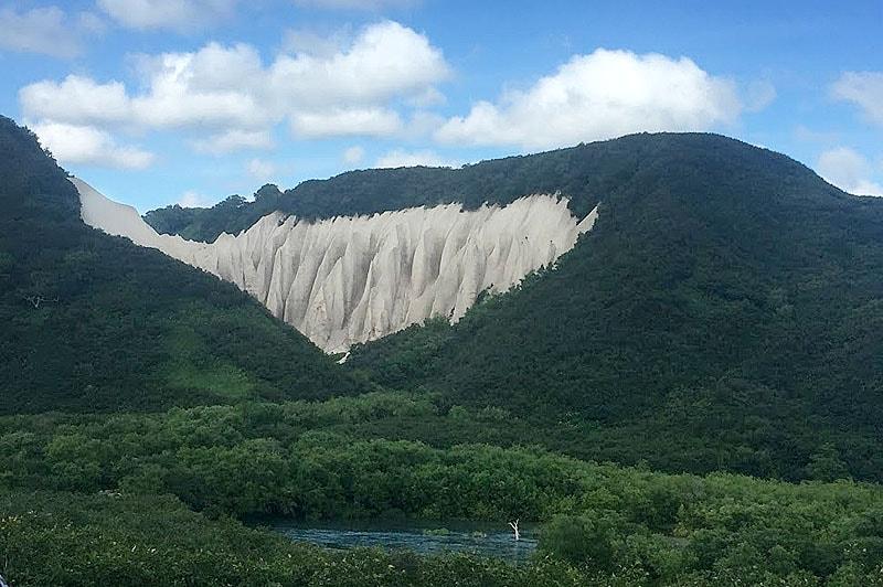 удивительный природный памятник кутхины баты