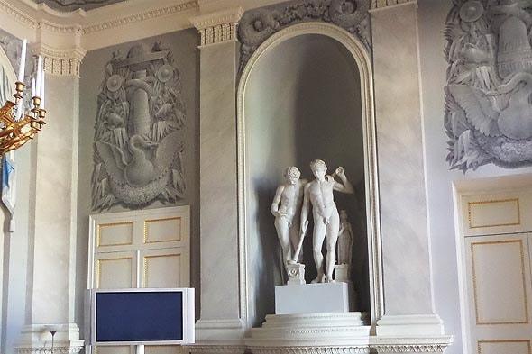 юсуповские гуси в интерьерах большого дома усадьба ахангельское