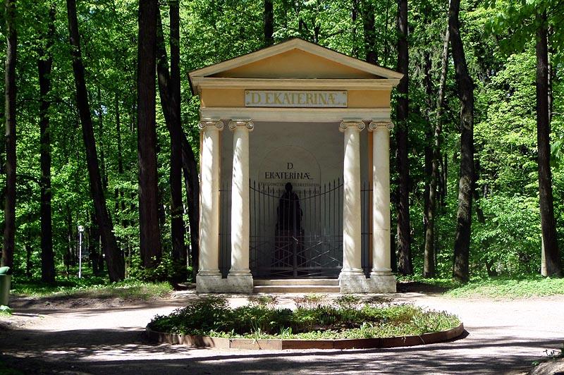 храм памятник великой императрице екатерине