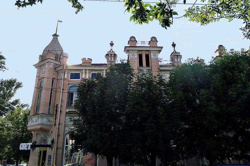 одно из красивейших зданий саратова дом купца сатова