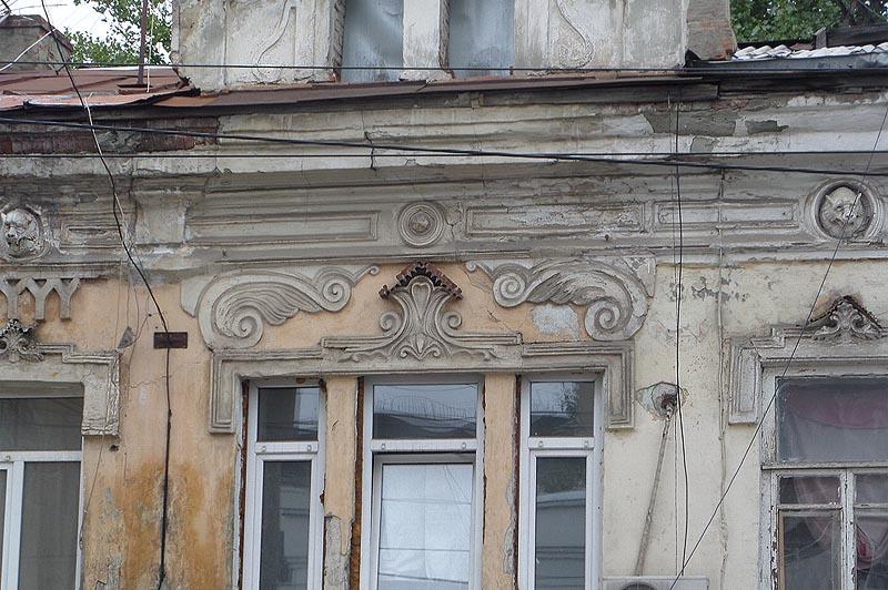 лепнина фасаде дома лисунова саратов