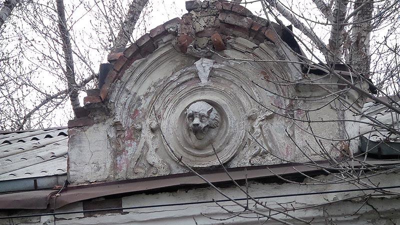 одна из жемчужин саратовской архитектуры в руинах