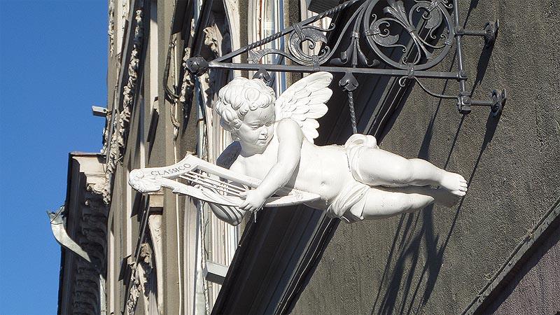 ангельский десант на домах саратова