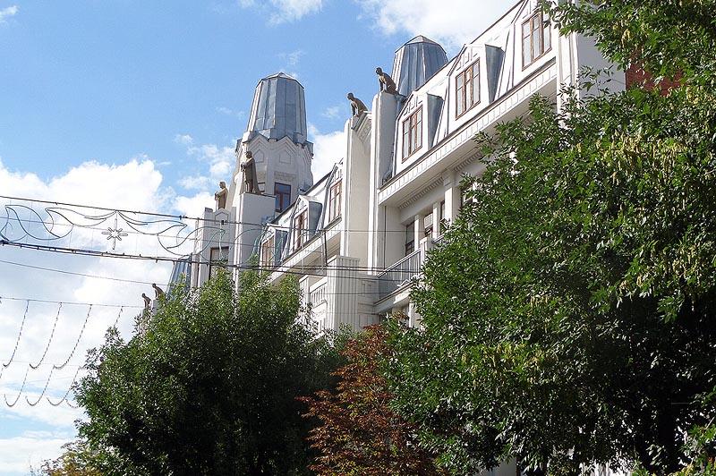 гостиница волга бывшая астория саратов