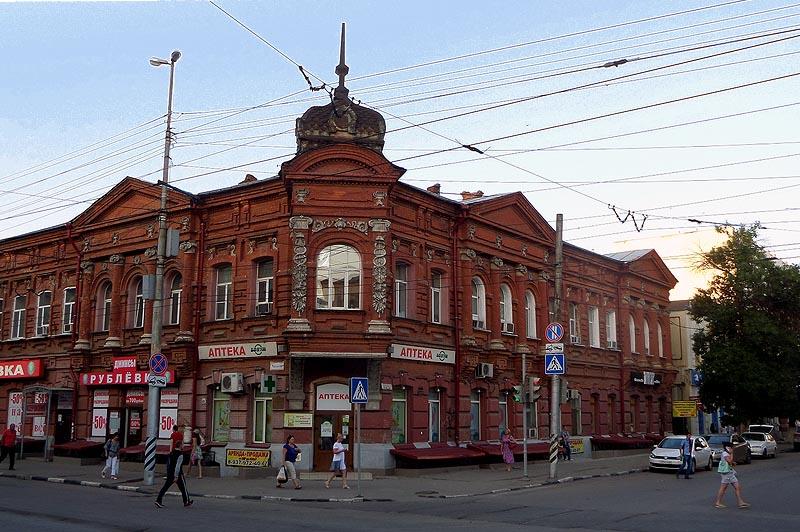 здание аптеки фридолина саратов