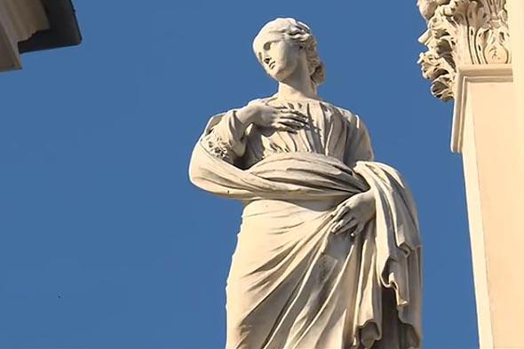святая агнесса на фасаде церкви площадь навона