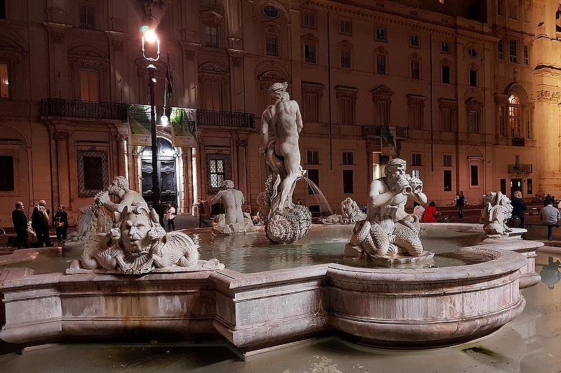 фонтан мавра на площади навона