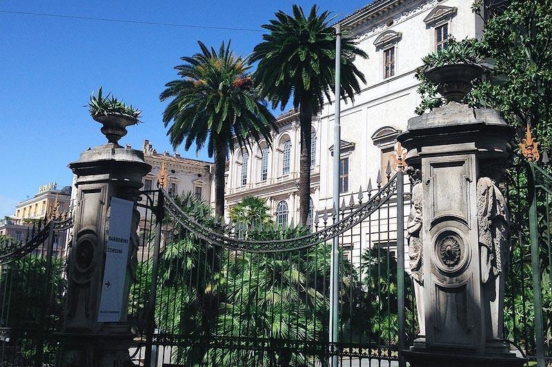 фонтаны как тайные сокровища  в зелени палаццо барберини