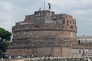 замок святого ангела в риме италия