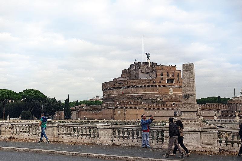 мавзолей адриана ныне замок святого ангела