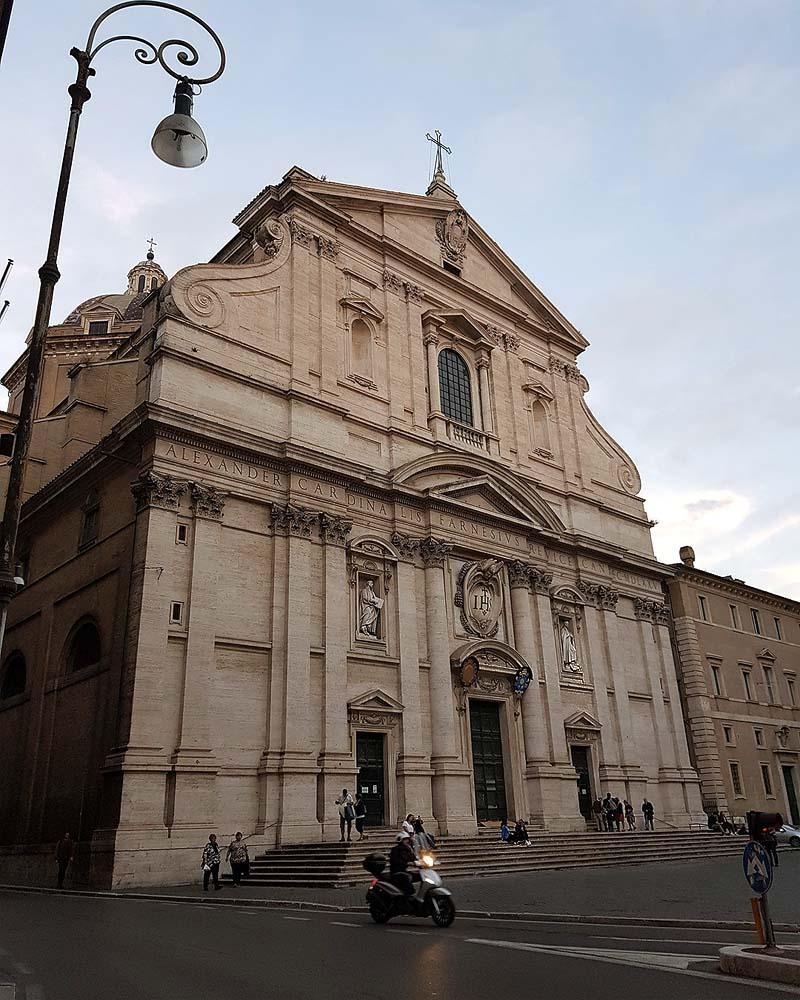 главная церковь ордена иезуитов иль джезу рим