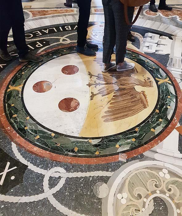 пол в соборе святого петра ватикан
