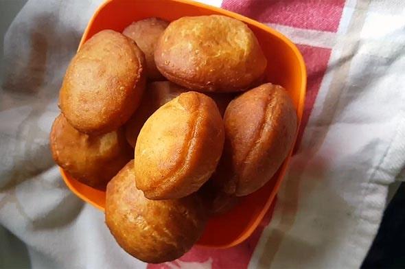 пончики мандази популярная уличная еда
