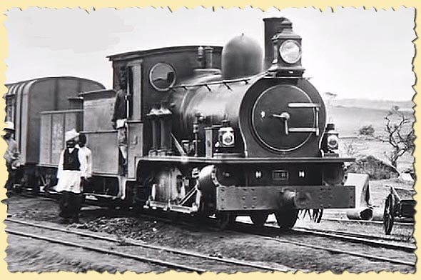паровоз на линии железной дороги кения уганда