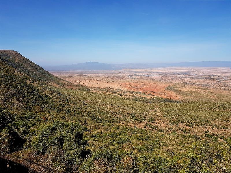 ошеломляющий простор  кенийский участок рифт валли