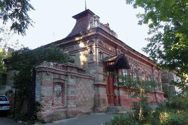 добротный дом дворян ростовцевых на улице приютской в саратове