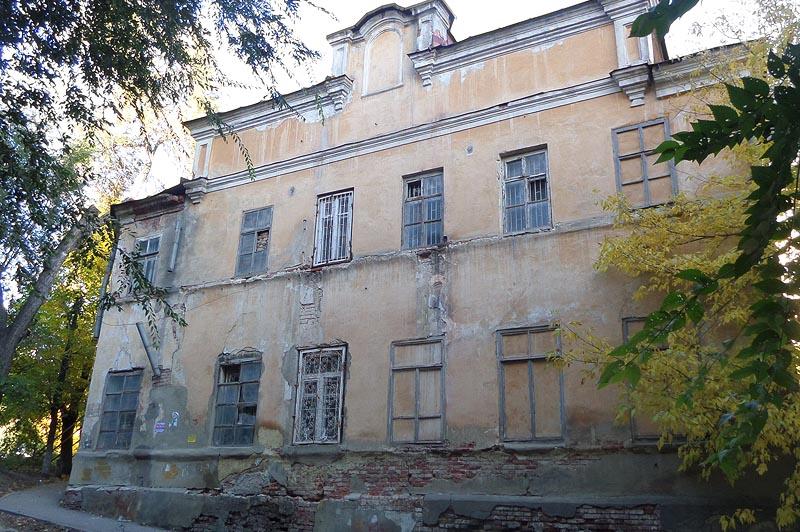 здание мариинского приюта для девочек в саратове